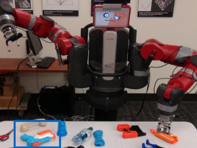 Ci sono voluti questo robot 10 giorni per imparare come afferrare gli oggetti da zero