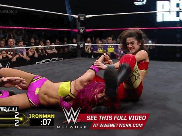 Gadis Kecil dan Wanita Besi: NXT TakeOver Menjadikan Sejarah Wrestling Wanita