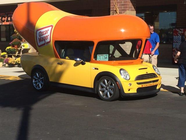 Spotted - Mini Wienermobile