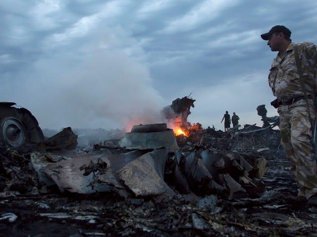 Holanda prouve qu'il y a un jour après le départ MH17.  Rusia publica todo lo contrario