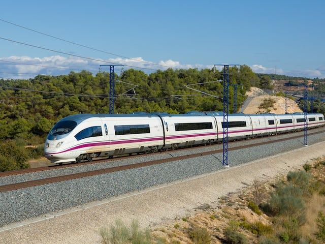 Es oficial: los trenes AVE de Renfe har fået Wi-Fi gratis til en finale