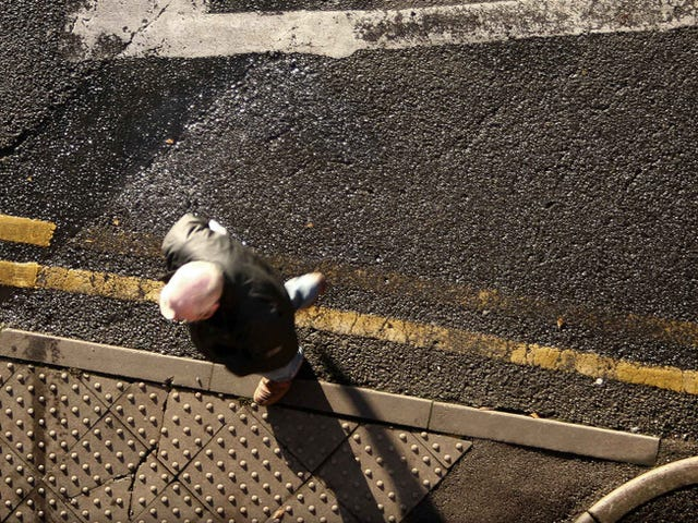 UK Sidewalks Are Spewing Wifi Into the Street