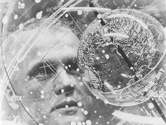Αυτό το Globe-In-a-Globe είναι απαραίτητο για την πλοήγηση στο διάστημα