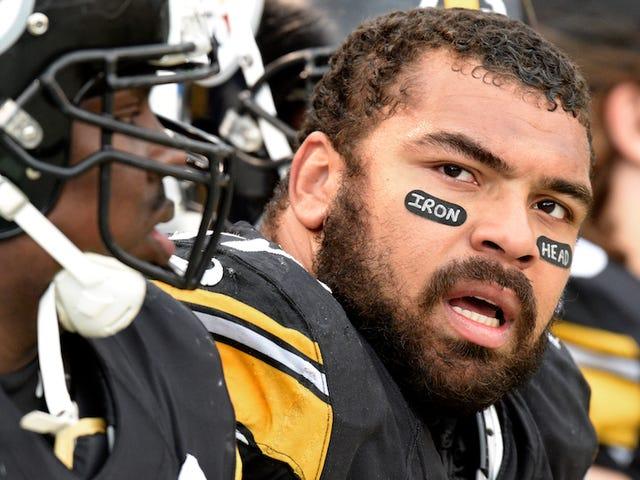 Cameron Heyward indossa gli occhi neri che onorano di nuovo il suo defunto padre, i volti più grandi della NFL