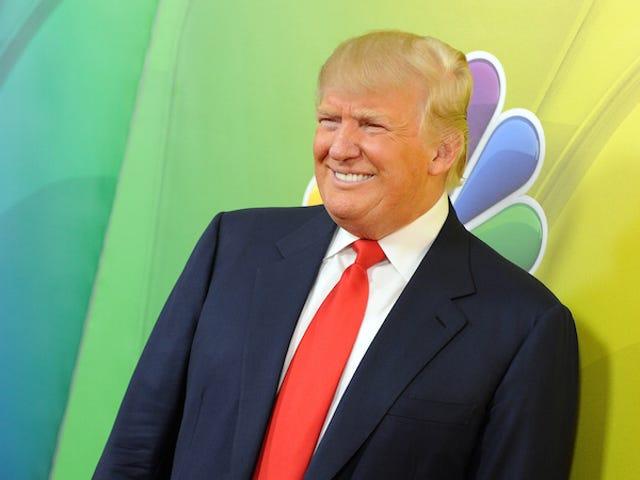 NBC skojade bara om att avbryta slipsar med trumma, välkomnar deras bra pojke tillbaka