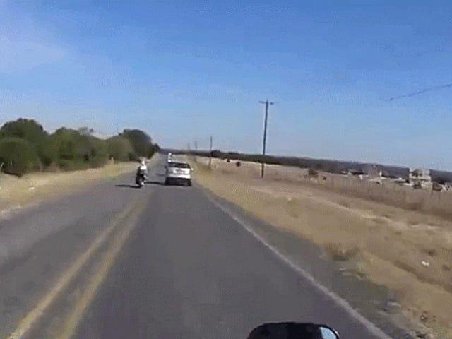 Driver Who Swerved And Hit ein Motorrad mit schwerer Körperverletzung aufgeladen