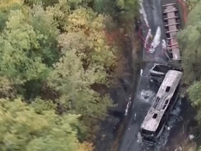En Az 43 Kişinin Ateşli Otobüs Kazasında Öldüğü Bildirildi
