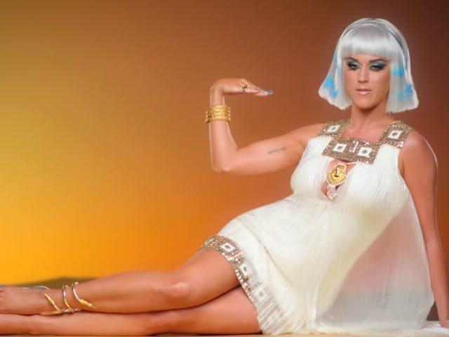 """Nonnes: Ce serait un """"péché"""" de vendre le couvent Katy Perry qui hébergeait autrefois des prêtres accusés de molestation"""