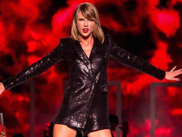 Ο Ryan Adams συγκρίνει τον Taylor Swift με τον Σαίξπηρ