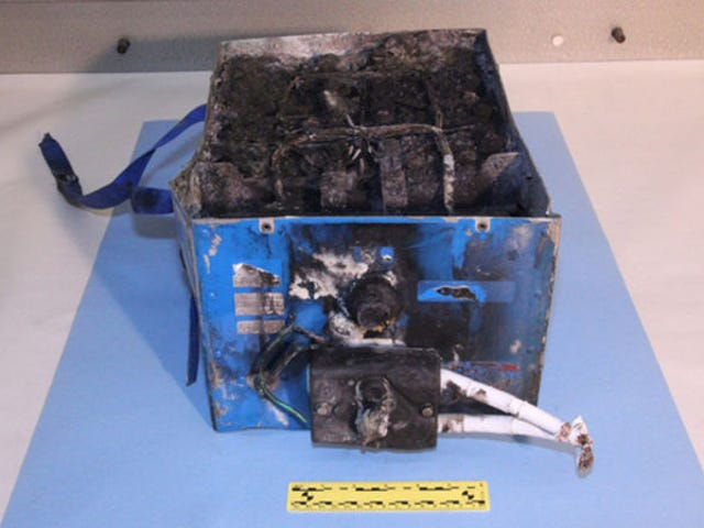 FAA Is Doing Nothing About Continued Boeing Dreamliner Battery Failures