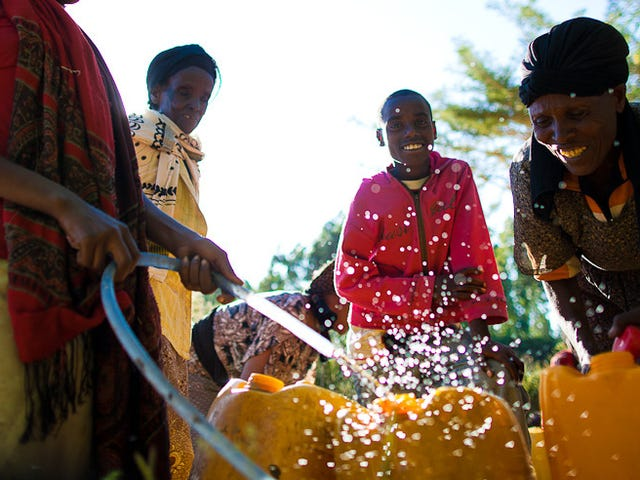 Digging New Wells in Africa Could Run Its Aquifers Dry Way Too Soon