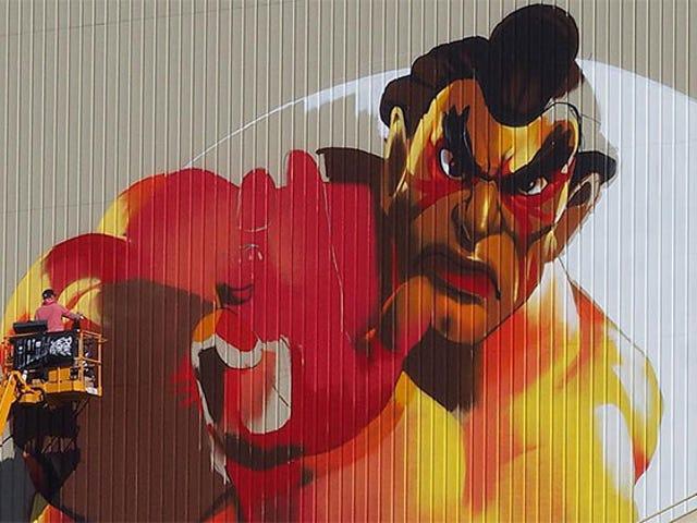 Graffiti giganti <i>Street Fighter</i> Graffiti copre Tokyo