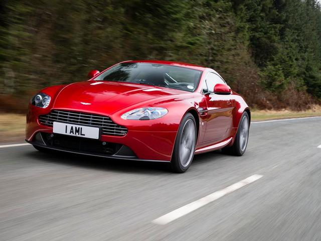 Aston Martin Vantage: Gabay sa Tunay na Mamimili