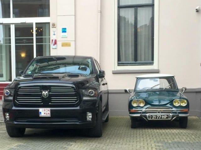 RAM vs Citroën Ami 6
