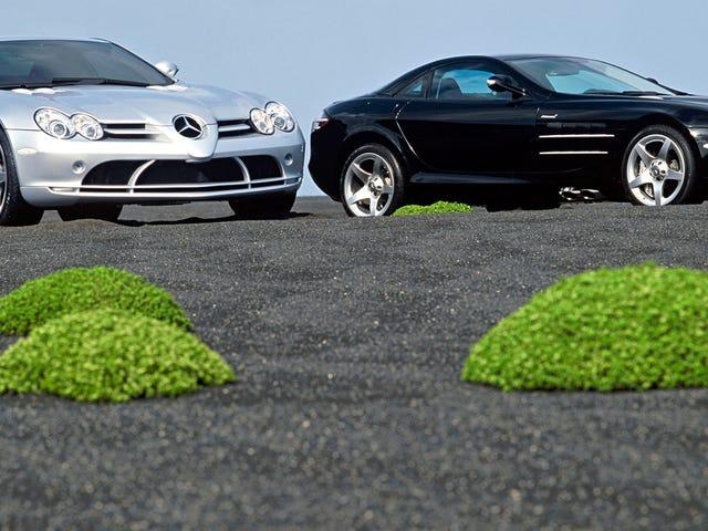 Strange Alien Plant-Men fotografeerde Sneaking Up op Mercedes-McLaren spiegelreflexcamera's