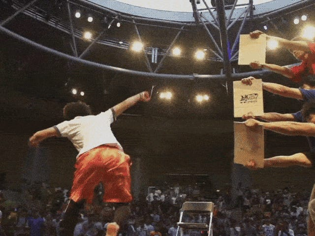 Champion Martial Artist Bắt đầu tại một Arcade