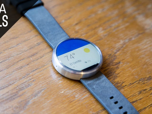 Snag a First Gen Moto 360 For $100, While You Can