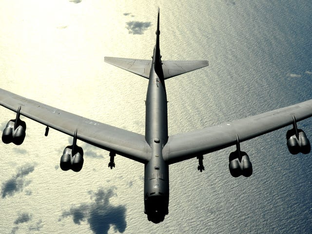 The B-52 Is Becoming A Terrifyingly Intelligent Smart Weapons Truck