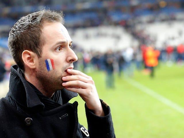 レポート:自爆テロがフランス - ドイツ間の試合に参入しようとし、安全保障により追いやられた