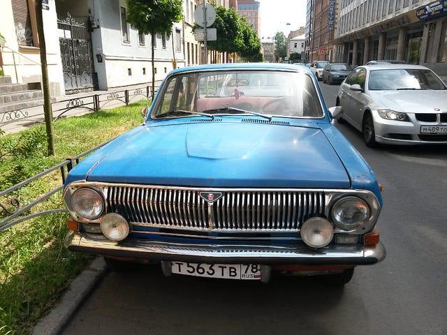 Τα δροσερά αυτοκίνητα της Αγίας Πετρούπολης
