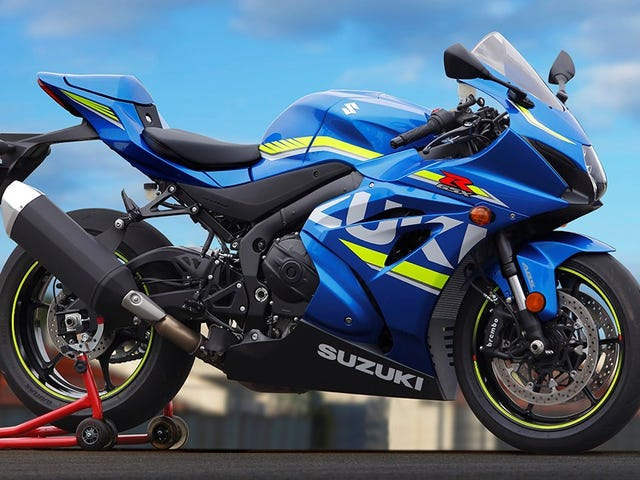 2017 Suzuki GSX-R1000: Suzuki Is Back And Ready For Battle (Almost)