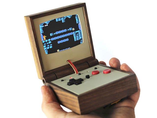 Du kan endelig købe den smukke håndholdte trævideospilemulator