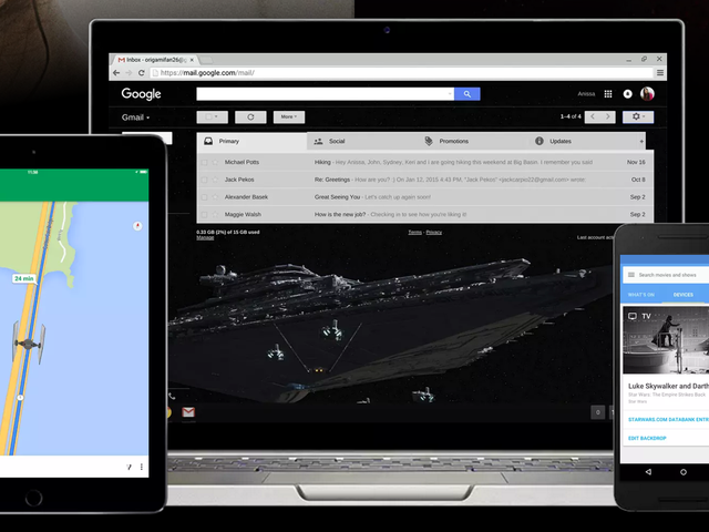 Google Lets You Re-Skin Its Apps Using Light or Dark Side Star Wars Themes