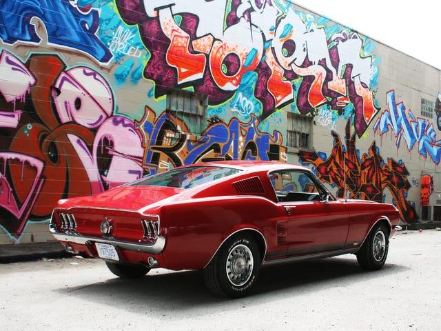 Su fondo de pantalla de Ford Mustang ridículamente impresionante está aquí