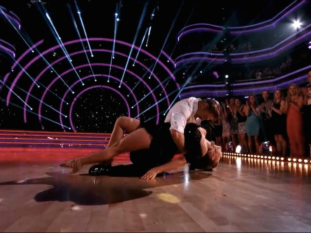 Dancing With The Stars triste Dancing With The Stars diários de Dancing With The Stars : todo mundo diz adeus