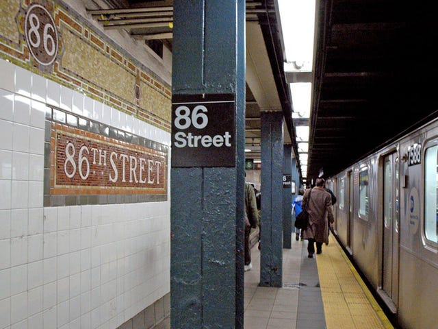 Guy Who Sings 'Someone Like You' in the Subway Pulls a Man Off the Tracks and Saves His Life