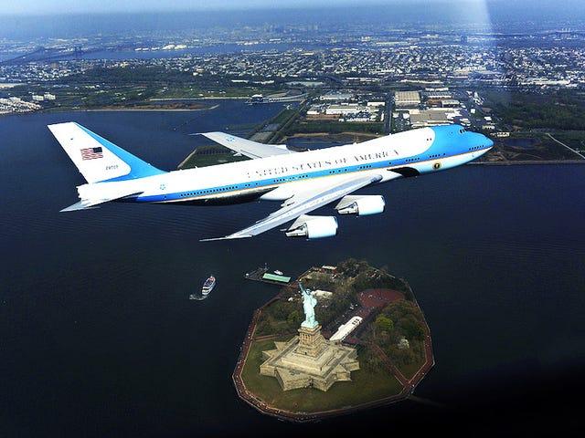 Αυτό είναι που ένα $ 328.000 Air Force μια φωτογραφία μοιάζει