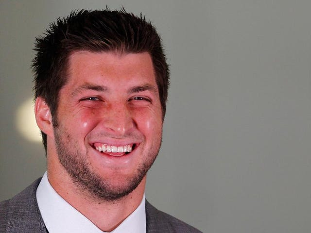 Anonymous Florida Couple Pays $100,000 For A Day With Tim Tebow