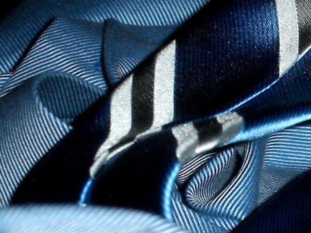 Cinque migliori negozi di abbigliamento personalizzati online