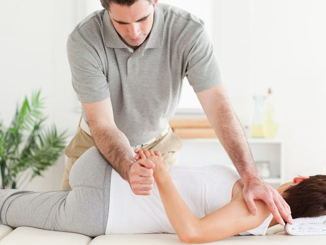 Chiropractic Treatments Might Not Be as Safe as Reported
