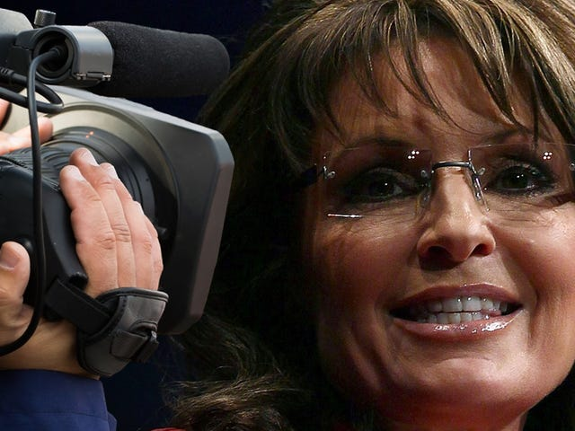 Not to Alarm You, But Sarah Palin is Running for President of Television