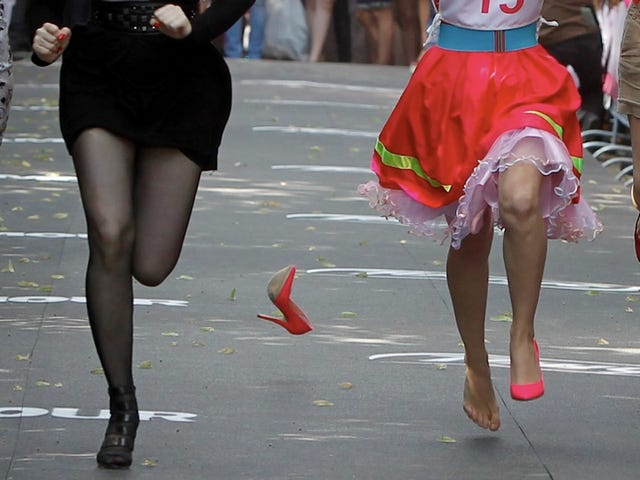 Shoes Abandons Ship Mere Inches Before the Finish Line