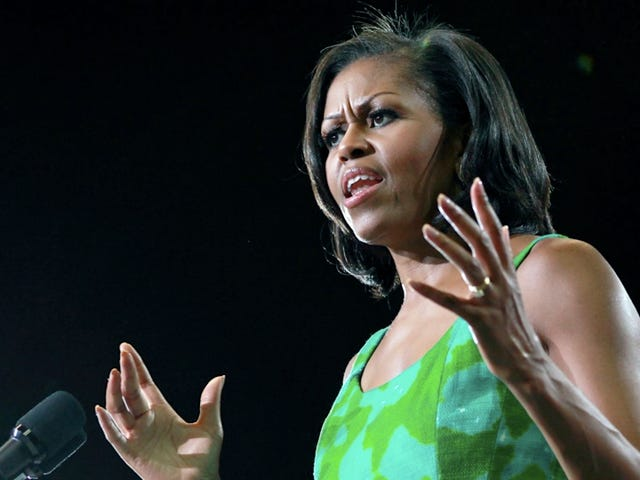 D.C. Police Officer Allegedly Threatens to Shoot The First Lady