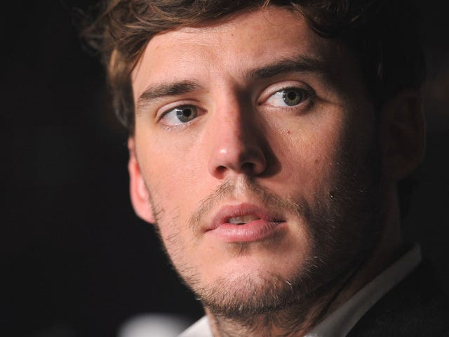 Is This the Face of Finnick Odair?