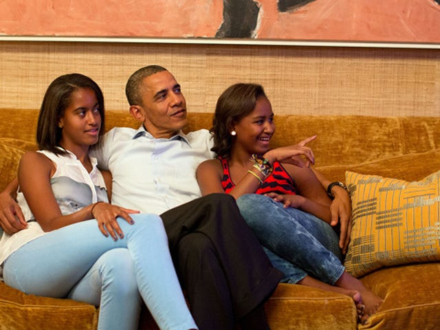 Democrat or Republican, We Can All Agree That the Obama Girls Are the Best