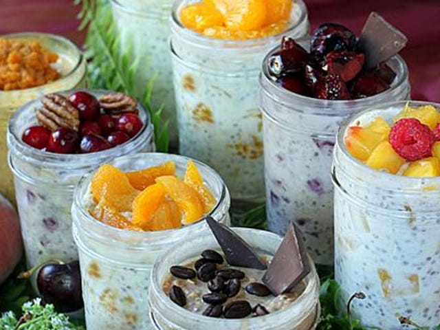 Make Grab-and-Go Oatmeal in Your Fridge