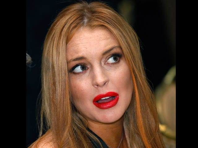 Lindsay Lohan's Dad Tried to Stage an Intervention Today, Lindsay Called the Cops