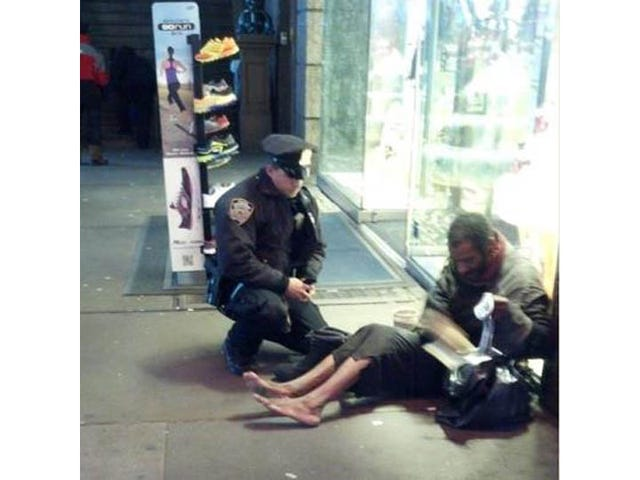New York Police Officer Buys Shoes for Barefoot Homeless Man, Says 'I Knew I Had to Help'
