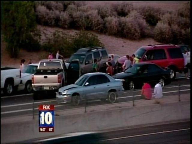 69-Car Pileup Closes Arizona Interstate