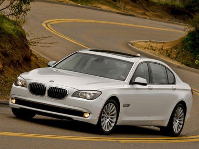 2011 BMW 740i: First Photos