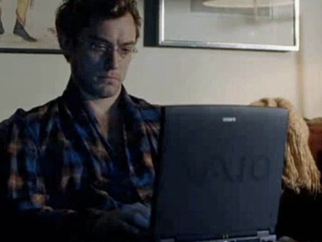 Jude Law Plays A Matt Drudge Clone In Soderbergh's Contagion