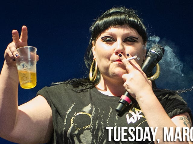 Beth Ditto Arrested for Being Drunk and Disorderly: 'Google Me, Bitches'