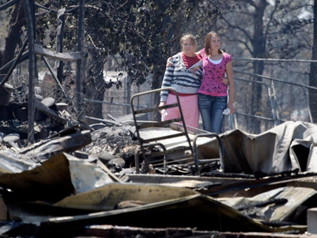 Texas Wildfires Kill Four, Destroy More Than 1000 Homes