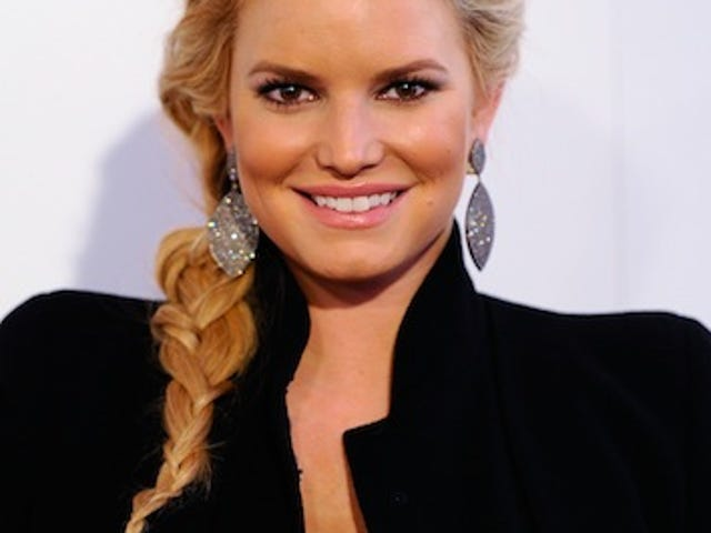 "Jessica Simpson Insists She's ""Extremely Happy"" For Nick Lachey"
