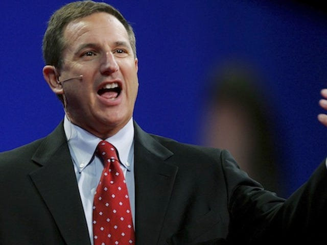 Is Tech CEO Mark Hurd A Wannabe Pickup Artist?