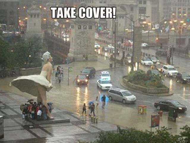 Chicago's Giant Marilyn Monroe Statue Is a Giant Upskirt Umbrella